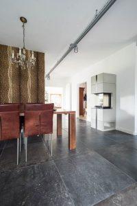 blaustein feinsteinzeug naturstein wohnzimmer