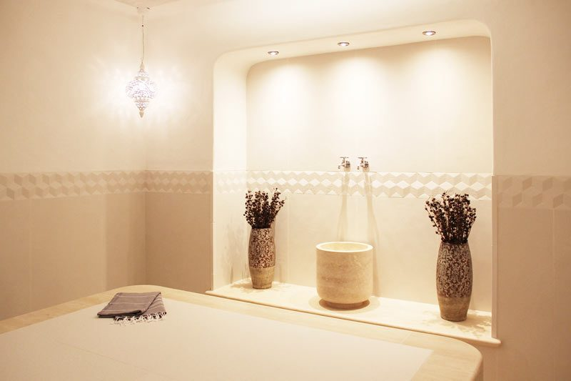 sauna wellnessbereich fliesen modern schick bocholt