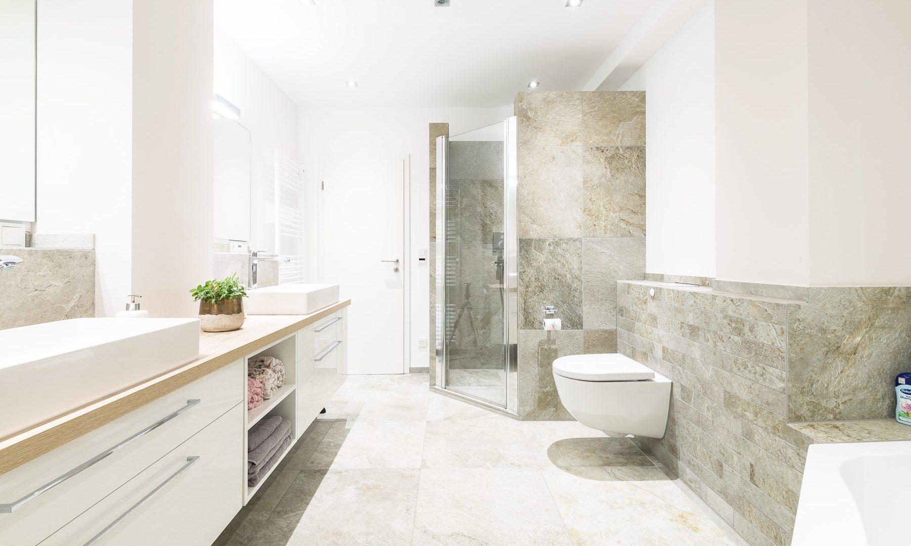 beige naturstein optik dezent bad badezimmer fliese bocholt